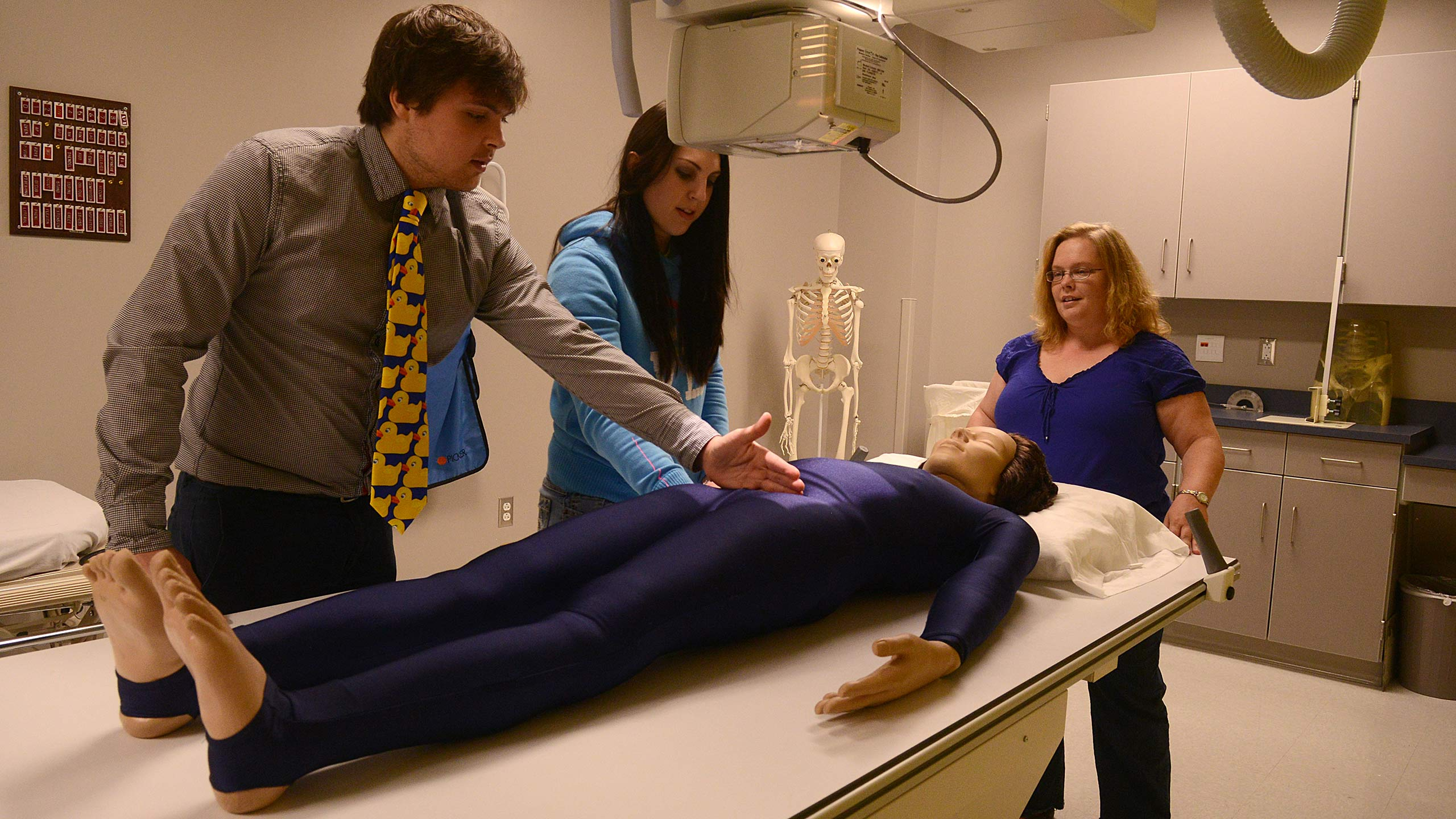 Students in an imaging lab.